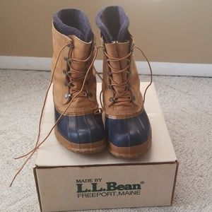 LL Bean Boot - sz 10. Vintage Maine Hunting Shoe